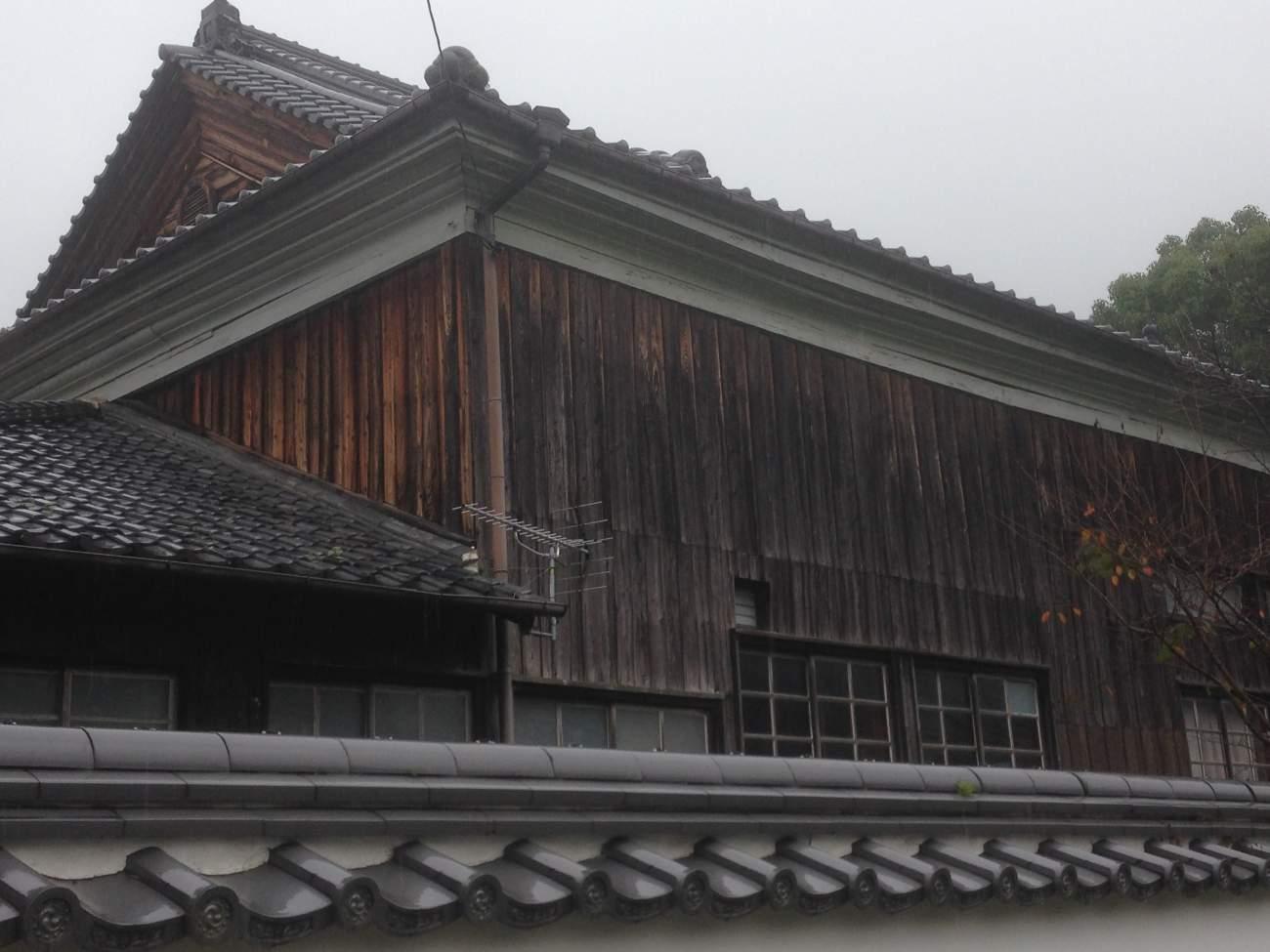 bardage bois brûlé yakisugi au japon BØISNØIR